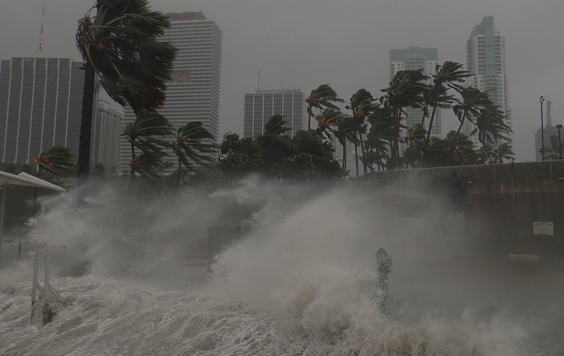 hurricane-outlook-header